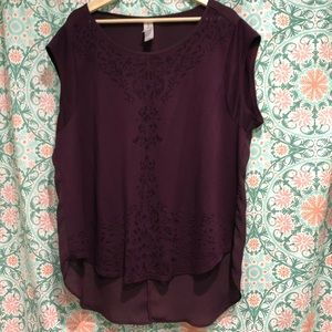Pure Energy Burgundy Hi-Lo Top